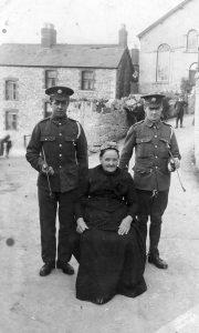 1914-jane10-mother